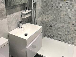 bathroom and ensuite whiteley nr fareham
